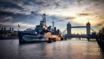 Photograph - Hms Belfast by Giuseppe Torre