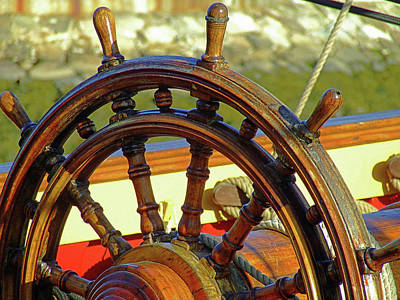 Photograph - Hms Bounty Wheel by Brian Pflanz