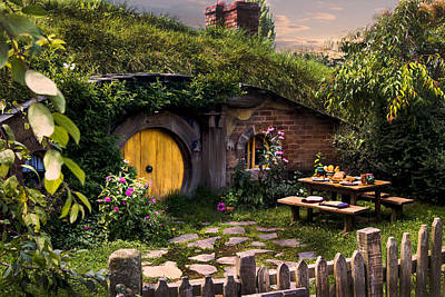 Photograph - Hobbit Hole At Sunset by Kathryn McBride