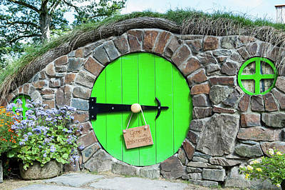 Photograph - Hobbit Hole by Helen Northcott