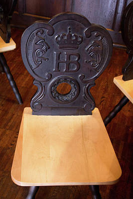 Berliner Pilsner Photograph - Hofbrauhaus Chair by Darrell Foster
