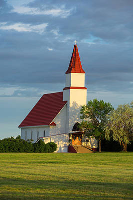 Novae Photograph - Hogeland Church by Todd Klassy