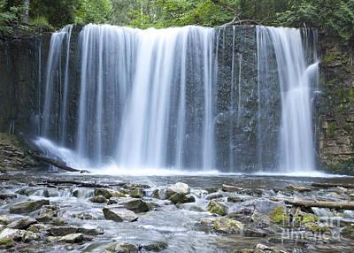 Photograph - Hoggs Falls by Igor Kislev