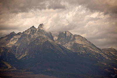 Licht Wall Art - Photograph - Hohe Tatra by Renata Vogl