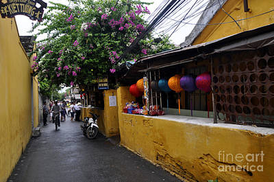Photograph - Hoi An Street by Andrew Dinh