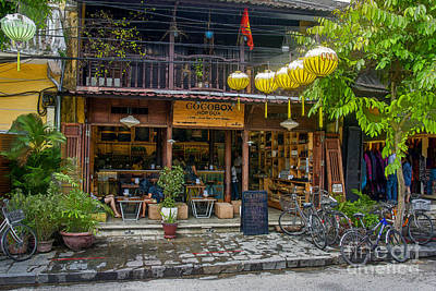 Photograph - Hoi An Street Scene 4 by Stuart Row