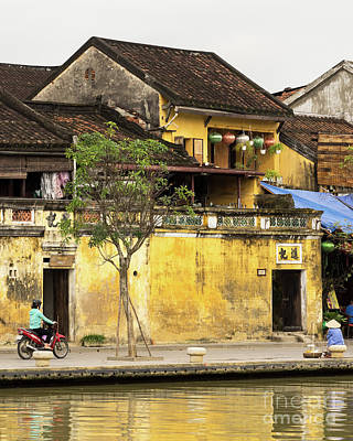 Photograph - Hoi An Tan Ky Wall 01 by Rick Piper Photography