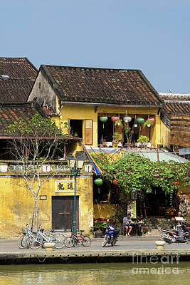 Photograph - Hoi An Tan Ky Wall 02 by Rick Piper Photography