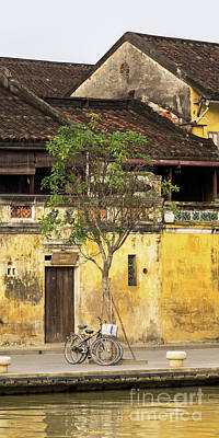 Photograph - Hoi An Tan Ky Wall 04 by Rick Piper Photography