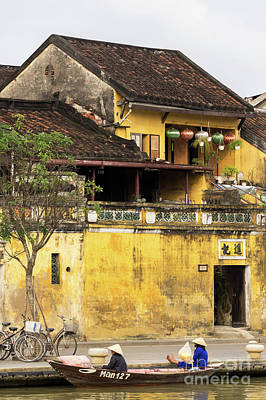 Photograph - Hoi An Tan Ky Wall 05 by Rick Piper Photography