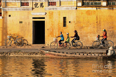 Photograph - Hoi An Tan Ky Wall 14 by Rick Piper Photography