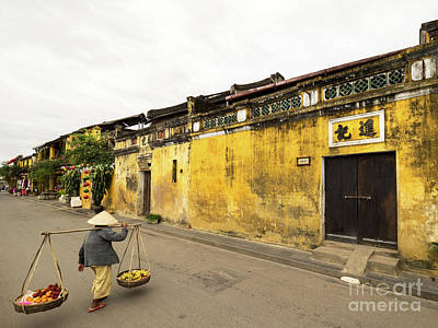 Photograph - Hoi An Tan Ky Wall Hawker 03 by Rick Piper Photography