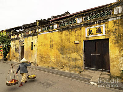 Photograph - Hoi An Tan Ky Wall Hawker 04 by Rick Piper Photography