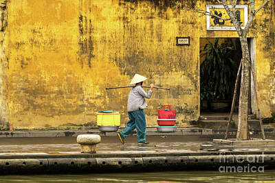 Photograph - Hoi An Tan Ky Wall Hawker 05 by Rick Piper Photography