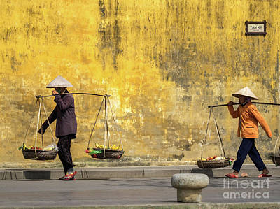 Photograph - Hoi An Tan Ky Wall Hawker 07 by Rick Piper Photography