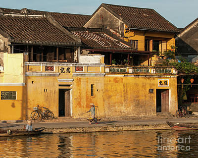 Photograph - Hoi An Tan Ky Wall Hawker 23 by Rick Piper Photography