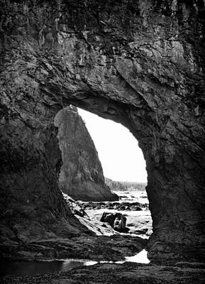 Photograph - Hole In The Wall Beach Washington by Dan Sproul