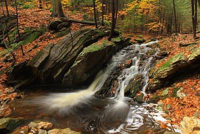 Holland Glen Waterfall In Autumn Art Print