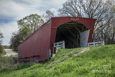 Photograph - Holliwell Covered Bridge - Madison County - Iowa by Teresa Wilson