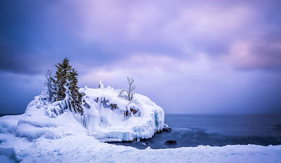 Photograph - Hollow Rock In Winter by Rikk Flohr