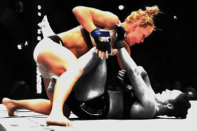 Holly Holm And Ronda Rousey In Battle Art Print