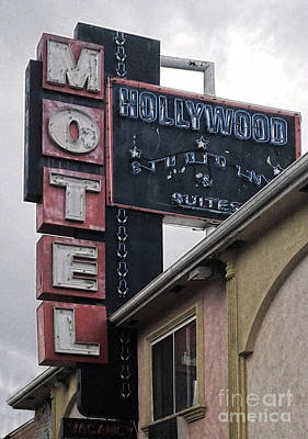 Photograph - Hollywood Motel by Gregory Dyer
