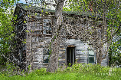 Photograph - Home Forgotten by Joann Long