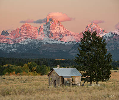Photograph - Home Under The Mountain by Leland D Howard