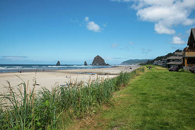 Photograph - Homes On Cannon Beach by Tom Cochran