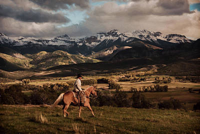 Rooster Cogburn Photograph - Homeward Bound by Ken Smith