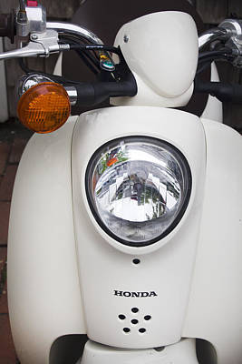 Photograph - Honda Scooter by Carlos Diaz