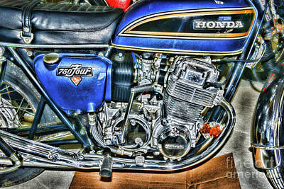 Photograph - Honda Motorcycle Its A Classic by Paul Ward