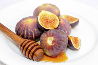 Photograph - Honey And Figs On A Plate by Paul Cowan