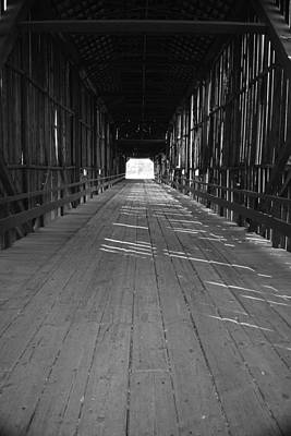 Photograph - Honey Run Covered Bridge by Frank Wilson
