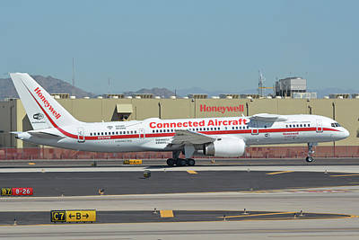 Photograph - Honeywell Boeing 757-225 N757hw Phoenix Sky Harbor September 30 2017 by Brian Lockett