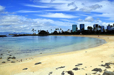 Photograph - Honolulu Bay by Andrew Dinh