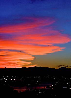 Photograph - Honolulu Sunset by Lehua Pekelo-Stearns