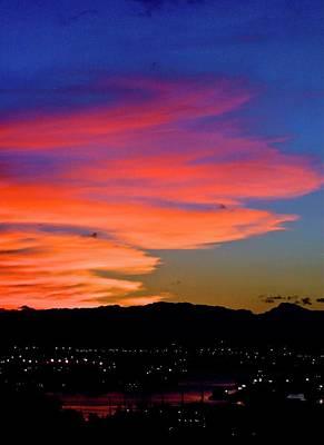 Photograph - Honolulu Sunset by Lehua Pekelo-Stearns