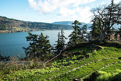 Photograph - Hood River March Morning by Tom Cochran