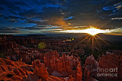 Hoodoos At Sunrise Bryce Canyon National Park Art Print