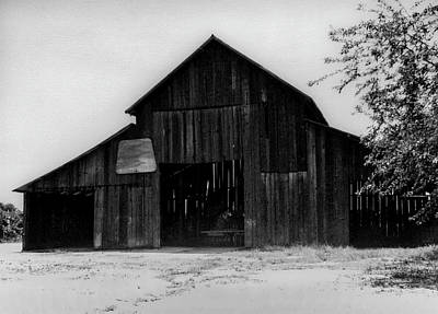 Photograph - Hoops At The Barn by Gene Parks
