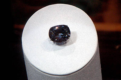 Photograph - Hope Diamond 45.52 Carats by LeeAnn McLaneGoetz McLaneGoetzStudioLLCcom