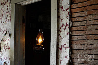 Abandoned House Photograph - Hope Still Shines by Bob Christopher