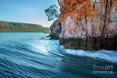 Photograph - Horizontal Waterfalls by Stuart Row
