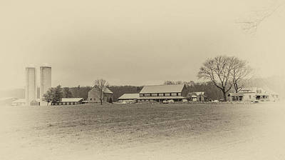 Photograph - Hornstra Farm Antique Look by Brian MacLean