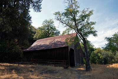 Movie Tees - Whiskeytown Horse Barn by Robert Braley