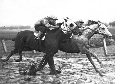 Race Horse Photograph - Horse Race In Los Angeles by Underwood Archives