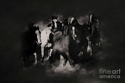 Horses Stampede Painting - Horses Black And White Painting by Gull G