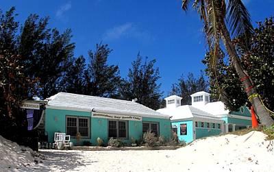 Photograph - Horseshoe Beach Centre Bermuda by Ian  MacDonald