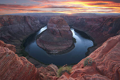 Photograph - Horseshoe Bend Sunset by Loree Johnson